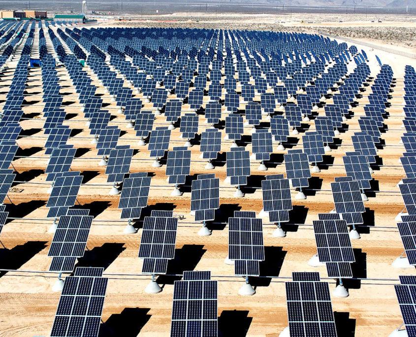 Esolar photovoltaic plant - monitoraggio su 5000 impianti